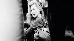 Kate Moss в образе Liu Jo