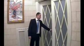 Как Янукович покидал Межигорье: видео эвакуации ценностей (камера №7)