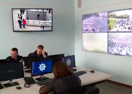 МВД: При столкновениях вДень Победы наУкраине  пострадали двое полицейских