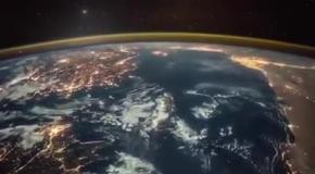 Восход солнца над Землей: вид из космоса