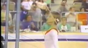 Петля Корбут - запрещенный элемент в спортивной гимнастике