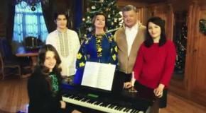Президент Украины поздравляет украинцев с Рождеством 2017