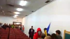 Выставка о Донбассе в Испании: студенты подрались с украинцами