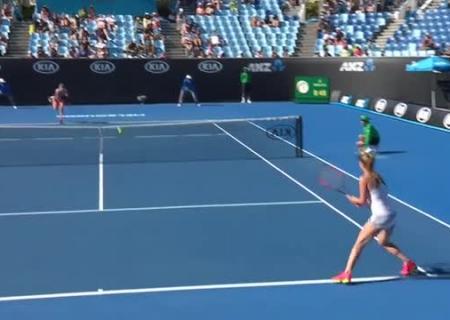 Мугуруса стартовала наAustralian Open спобеды над Эракович