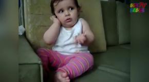 Приколы с Детьми. Маленькие дети смешно разговаривают по телефону