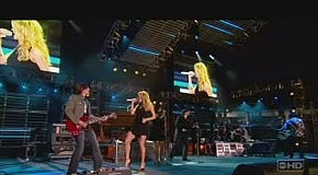 Carrie Underwood - Before He Cheats - 07.23.07 (CMA Music Festival)