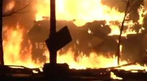 На Евромайдане сожгли БТР