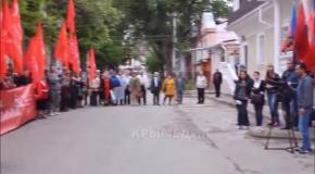 В Симферополе открытие памятного знака в честь Сталина закончилось дракой