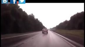 Критическое видео - Невероятные кадры и случаи  которые произошли в лесу.