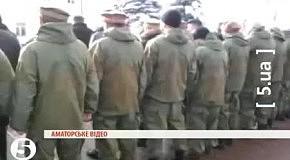 Афганцы развернулись к Януковичу задом во время церемонии возложения цветов