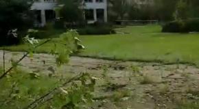 Школа в Луганске после обстрела