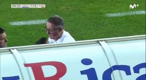 Тренер Уэски устроил потасовку со своим игроком в матче за выход в Примеру