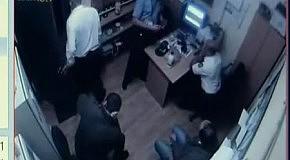 Стрельба в караване: видео из комнаты охраны (полное видео)