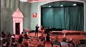Играет Евгений Орлов А. Хачатурян