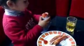 Киндер сюрприз с приколом для ребенка