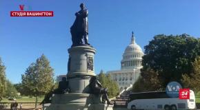 Голос Америки: Білий дім пояснив, чому затримали військову допомогу Україні