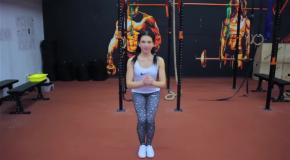 5 упражнений на мышцы бедер и ягодиц. Фитнес девушки