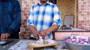 Как нужно резать лук