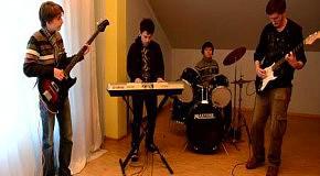 Rock band Top Secret