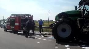 На Закарпатье рейсовый автобус врезался в авто, есть жертвы