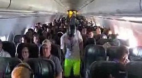 Harlem Shake In Airplane