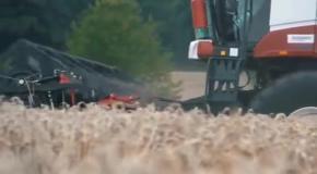 Ростсельмаш - сельхозтехника в работе