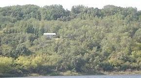 домик над озером