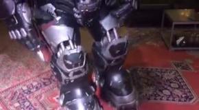 Фанат игры StarCraft создал костюм космодесантника