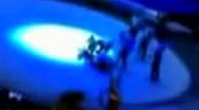 Акробат сорвался с 15-метровой высоты в цирке Москвы