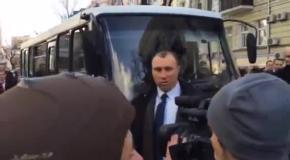 Министры вернулись к Януковичу в сопровождении спецназа Альфы
