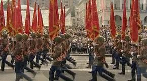 Лидер партии «Зеленые» Александр Прогнимак поздравляет ветеранов с Днем Победы