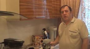 Домашняя ручная бытовая мельница - флокер мукомолка зерноплющилка для цельнозерновой муки грубого помола из зерна зернодавилка в домашних условиях