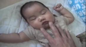 Уложить ребенка спать за 10 секунд