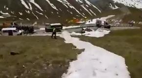 Реально крутой спуск на лыжах