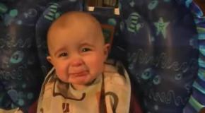 Очень эмоциональная малышка