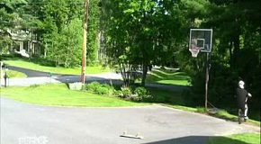 Баскетбол на велосипеде и скейте