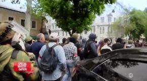 Украина. Маски Революции. Canal+. 01.02.2016