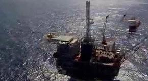 К чему приведет запрет на закупку иранской нефти?