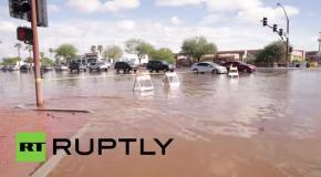 Проливные дожди затопили столицу Аризоны