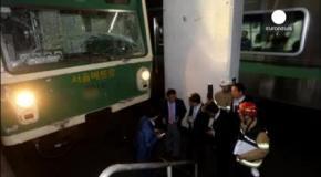 У сеульському метро зіштовхнулись потяги