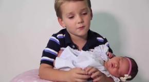 Реакция шести братьев на появление сестренки