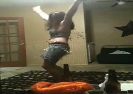 я танцую пьяный на столе-дм2