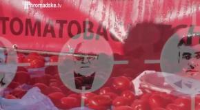 Помидорный обстрел на Майдане (1.10)