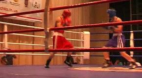 Бокс. Великий бокс в малому місті.