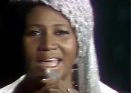 Легенда соул-музыки Арета Франклин уходит сосцены