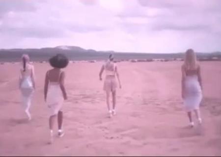 Дочь Мадонны шокировала неопрятным видом на береге — Вся вмать