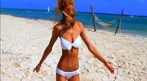 Victoria's Secret Swim 2012: новая реклама купальников