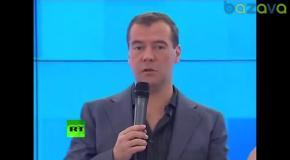 Владимир Путин и Дмитрий Медведев - Недетское время (Дискотека Авария)
