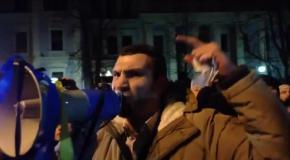 Кличко ругается с протестующими на Майдане