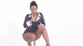 prosto-oherenniy-striptiz-video-golie-devushki-na-ulitsah